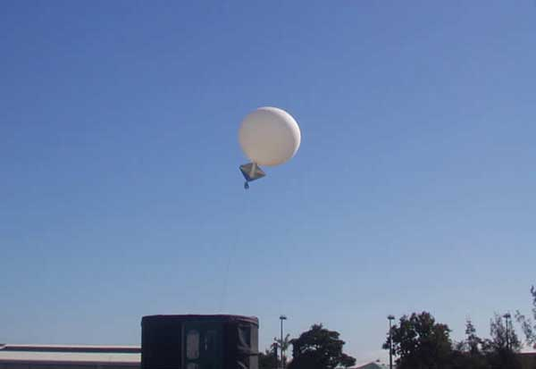 Launch of a weather balloon in Australia. (Photo: Townsville Meteorological Office/Bureau of Meteorology)