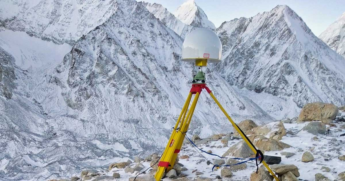 CHCNAV's P5 geodetic GNSS receiver. (Photo: CHC Navigation)