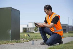The Trimble R1 receiver will be accessible with TDC's Freeance software. (Photo: Trimble)