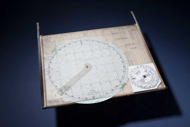 The Mark 3 Plotting Board was used in single-seat aircraft flying in the Pacific. (Photo: National Air and Space Museum, Smithsonian Institution)