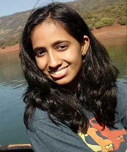 Headshot: Swamini Kulkarni