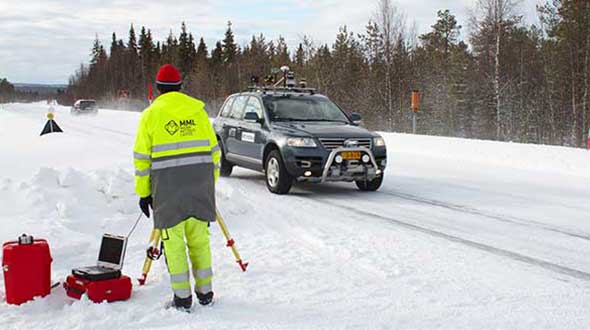 The Arctic-PNT team's testing was based around a robotic car crammed with sensors and recording equipment. Called Martti, the vehicle was supplied by Finland's VTT Technical Research Centre. (Photo: ESA)