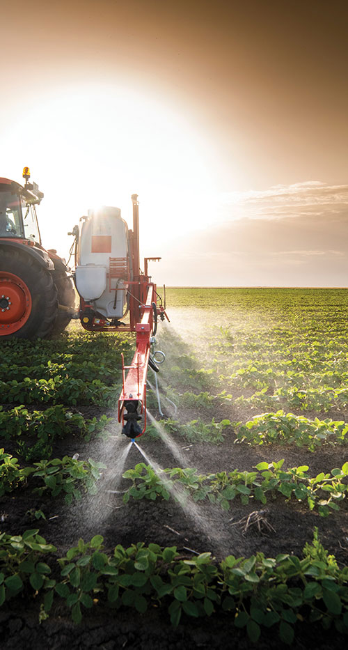 Using GNSS guidance to aid application of fertilizer, pesticides and herbicides saves time and money. (Photo: fotokostic/iStock/Getty Images Plus/Getty Images)