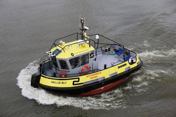 Autonomous tugboat Nellie Bly. (Photo: Arie Boer)