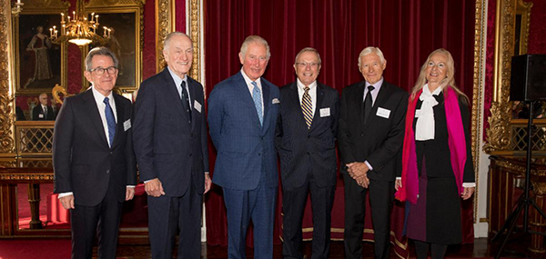From left: Lord John Browne, Richard Schwartz, HRH The Prince of Wales, Bradford Parkinson, Hugo Fruehauf, Anna Marie Spilker at the Queen Elizabeth Prize for Engineering ceremony at Buckingham Palace, December 3, 2019. (Photo: Jason Aldean)
