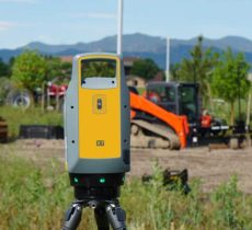 Trimble X7 scanner in the field. (Photo: Trimble)
